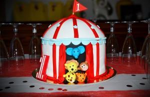 Design Cake pour le premier anniversaire de bébé, option anniversaire Cirque